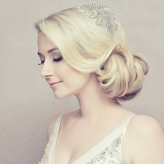 BRIDAL HAIR & MAKEUP - I'll make you photo and aisle ready and feeling your best. I will ensure you are ready for your professional photographer to make the most of your beauty shots before see your partner.