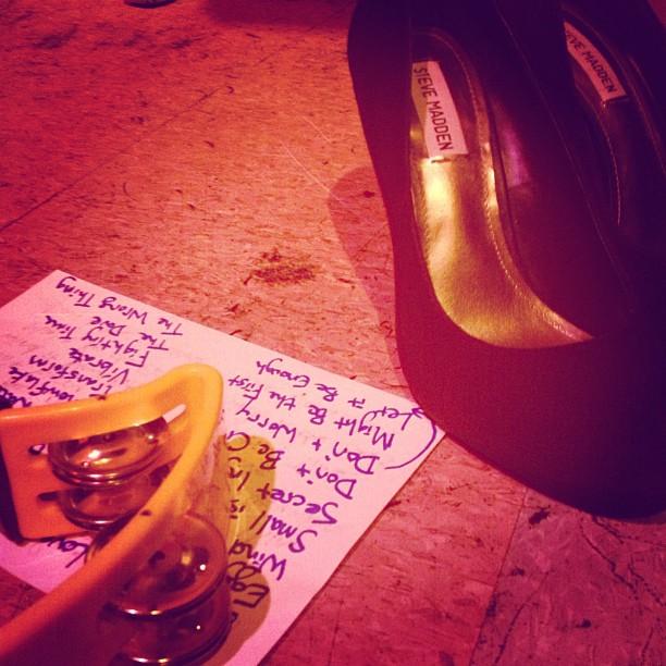 Last nights show. #setlist #stevemadden #lararuggles #parisontheplatte