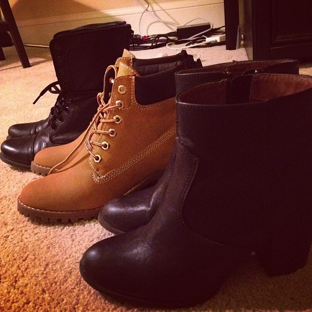 Trying to decide which shoes to bring to #sundancefilmfestival and #LA … #girlproblems