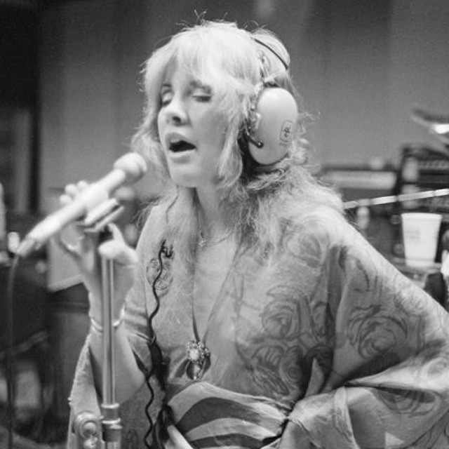 Happy birthday to a huge inspiration of mine: Stevie Nicks! I hope I'm even half as cool when I'm 66.