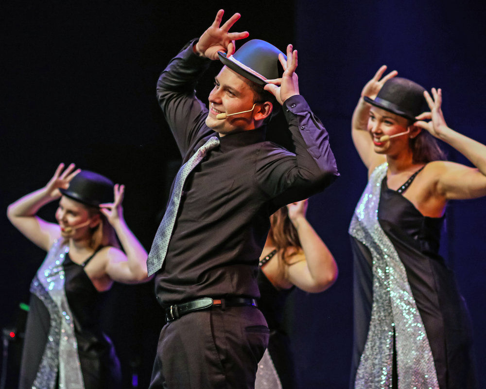 Wisconsin Singers will razzle dazzle you!