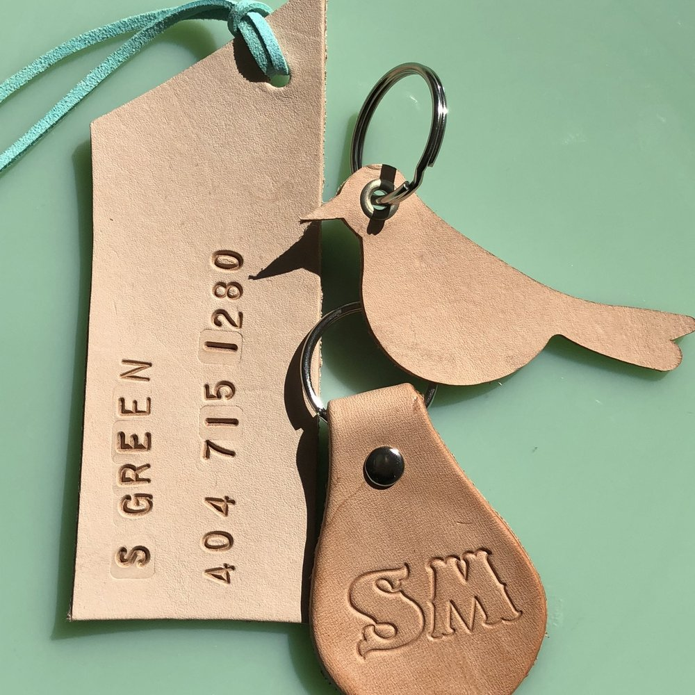Leather Luggage Tag and Keychain  - make a personalized leather luggage tag and key chain. Create them as a matching set or individual design.