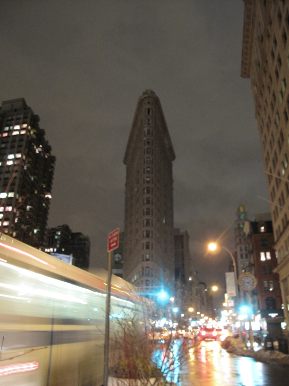 Flatiron This is the last photo from my New Years NYC vacation. Fortunately I'm coming back in April(!).