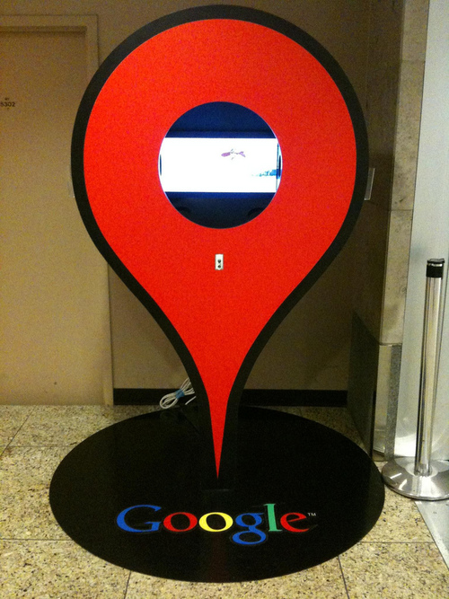 Google Maps ad: I encountered this Google Maps ad in Seattle's airport. It has a looping video demonstration of various Maps features. Very cool.