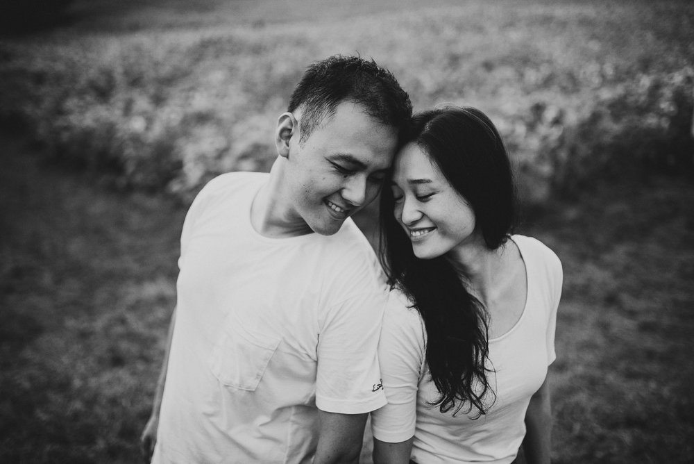 Sunflower Field Maryland Engagement Photographer Mantas Kubilinskas-11.jpg