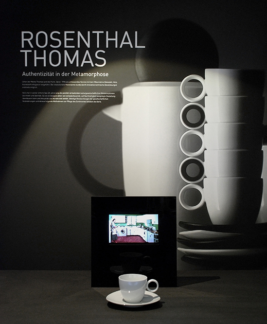 yellow design gmbh Ausstellung (on a) Journey-Rosenthal