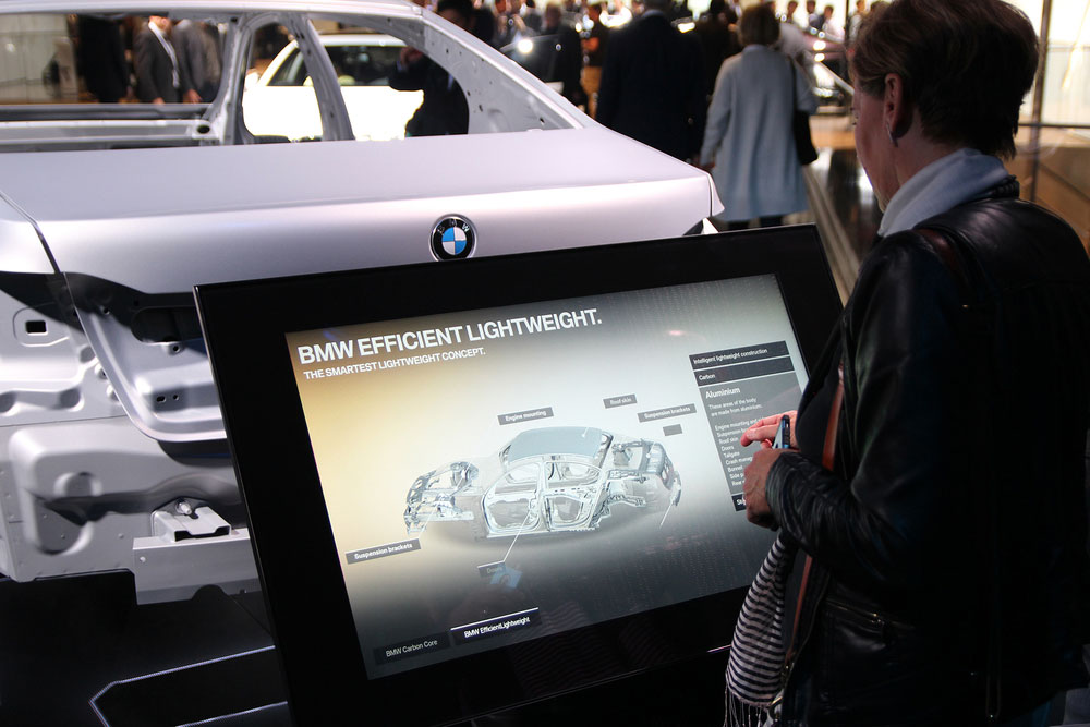 yellow_BMW_IAA2015_8.jpg