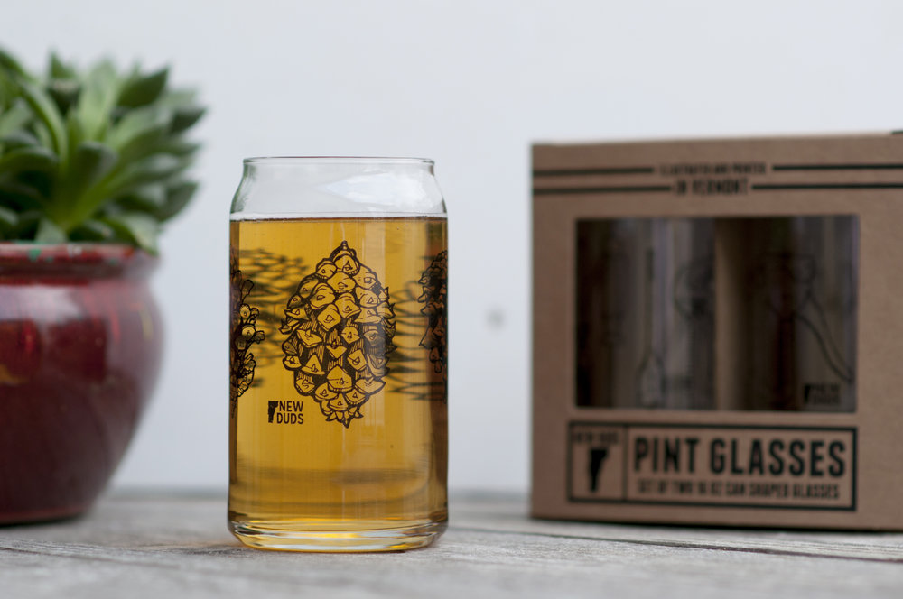 GSPINE01 Pinecone - Set of TWO glasses $12 Includes two 16oz can shaped pint glasses.