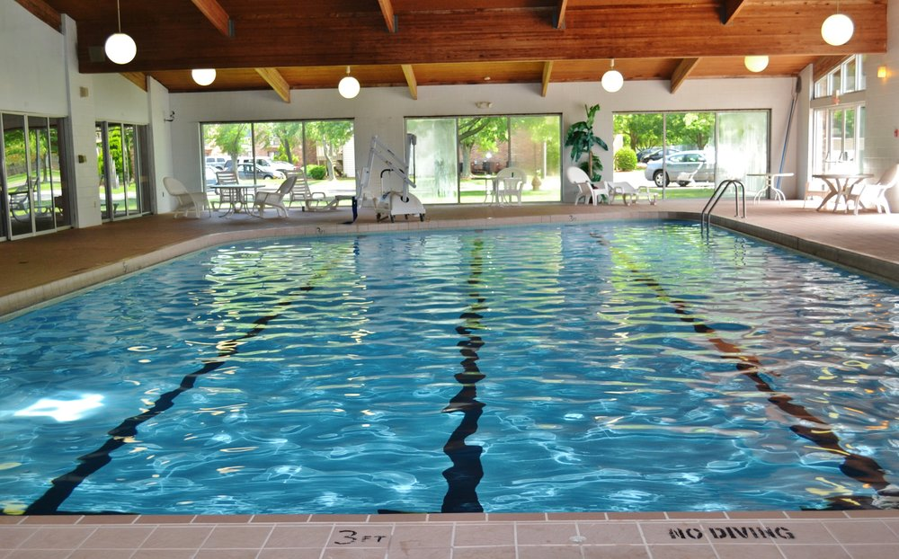 Pool facing south  (1).jpg