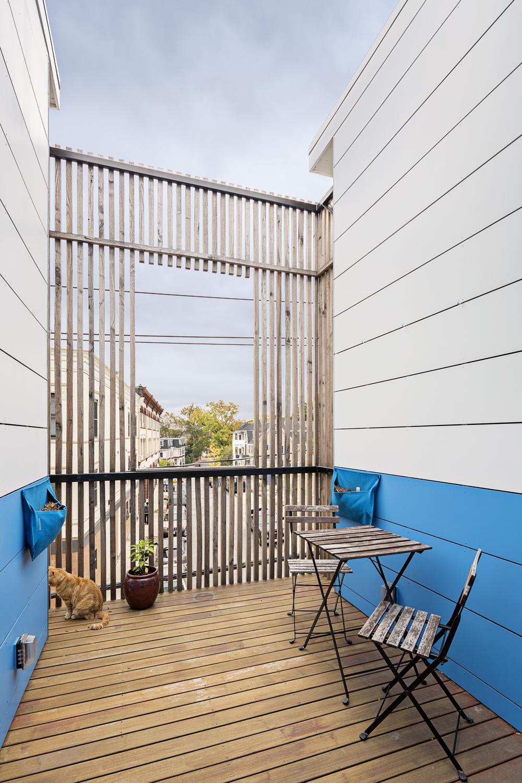 2 Deck.jpg