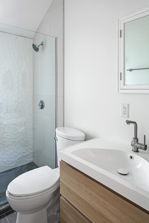 2nd Bathroom Detail.jpg