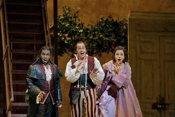 Lawrence Brownlee as Almaviva, Christopher Maltman as Figaro, and lsabel Leonard as Rosina