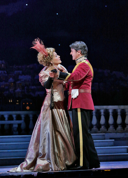 Renée Fleming and Nathan Gunn as Hanna and Danilo