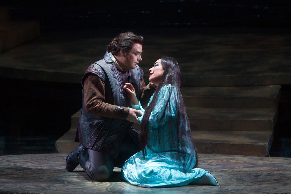 Calaf melts Turandot's icy heart