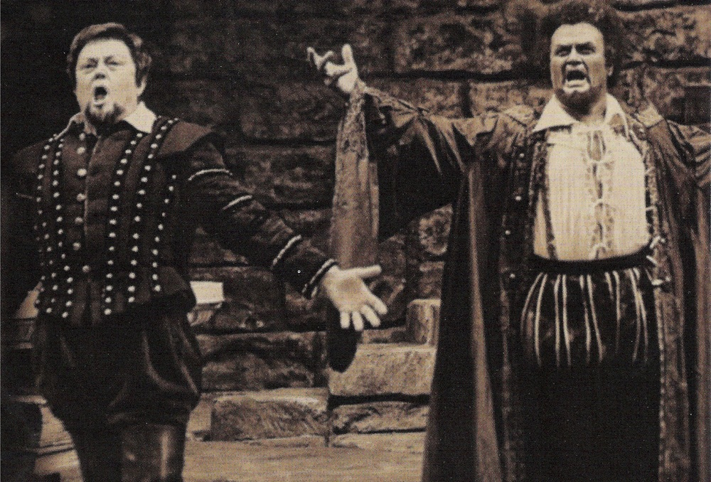 Cornell MacNeil as Iago and Jon Vickers as Otello, Metropolitan Opera telecast