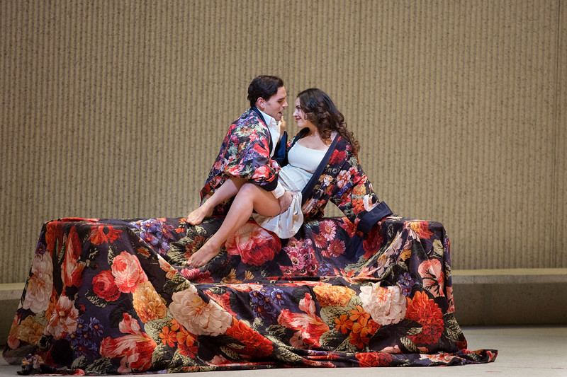 Michael Fabiano and Sonya Yoncheva as Alfredo and Violetta in Act II