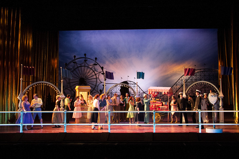 A warm and cozy Coney Island for Mozart's complex comedy at ENO
