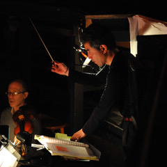 Jun Nakabayashi conducts