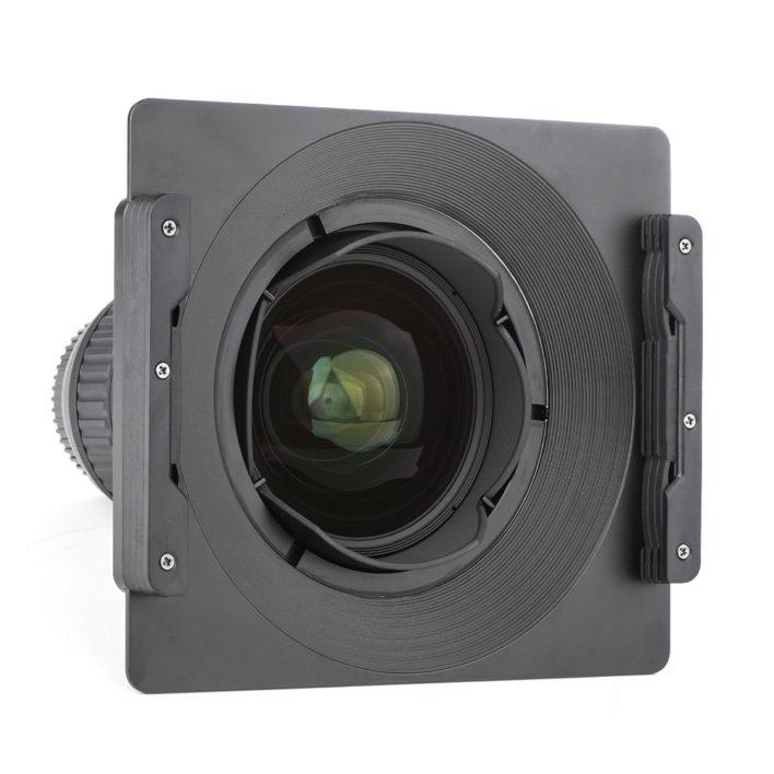 Tokina-16-28mm-F2-3-708x708.jpg
