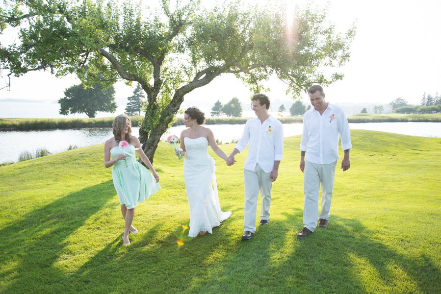 A golf course is the perfect place for an outdoor wedding!