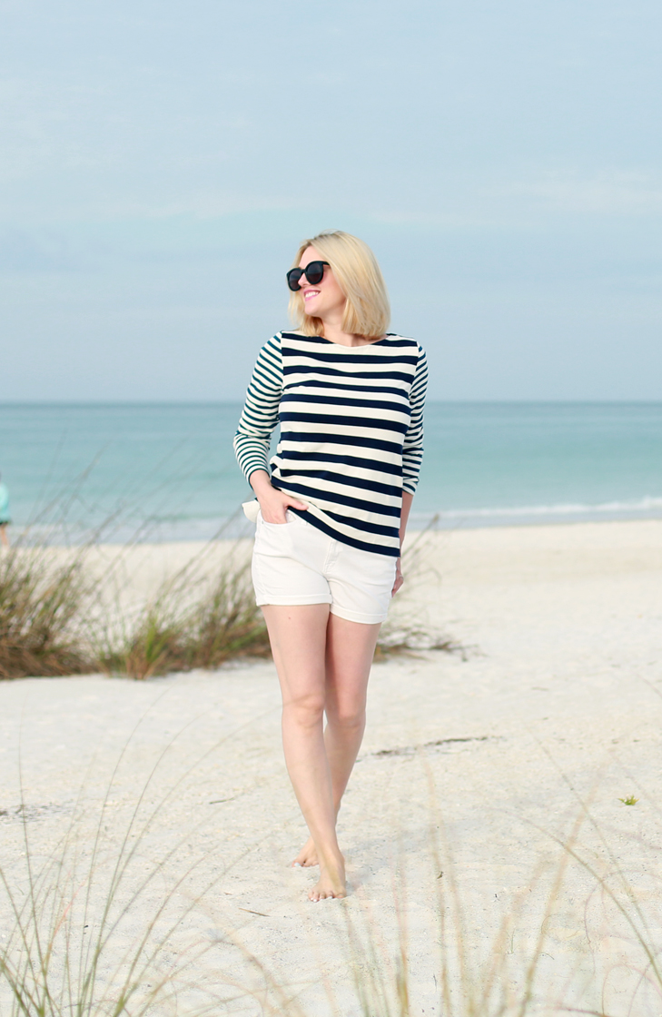 Beach+Blonde+-+Nautical+Outfit+2.jpg