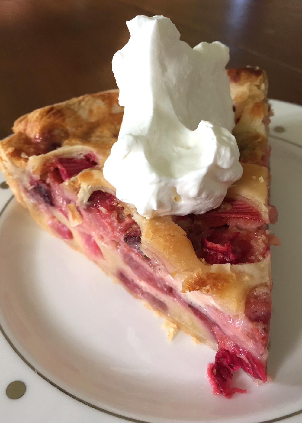 Easy Strawberry Rhubarb Pie Recipe 5.jpg