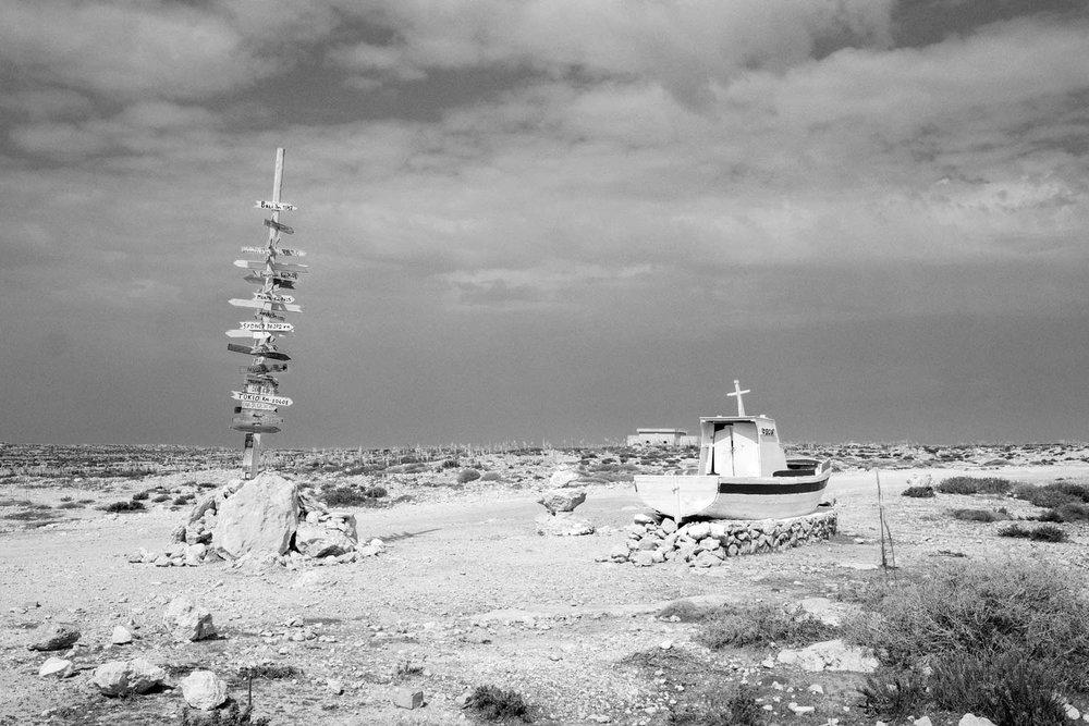 Uno scorcio dell'isola di Lampedusa, nei pressi di Cala Capra.