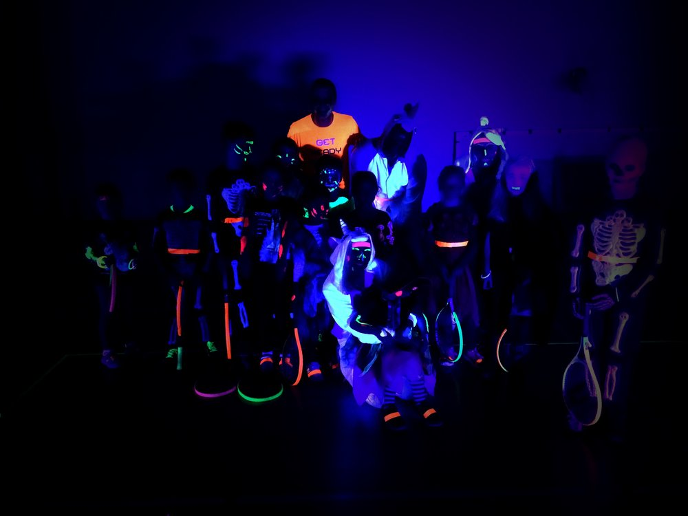 glowtennis29-10-16002.jpg