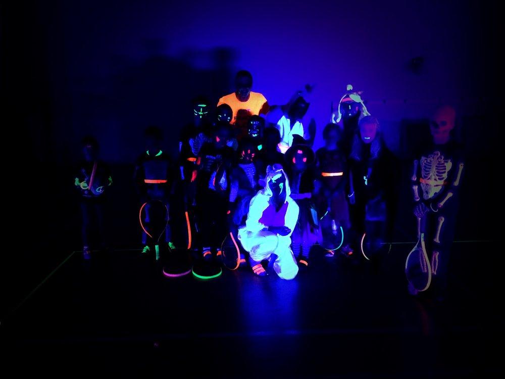 glowtennis29-10-16001.jpg