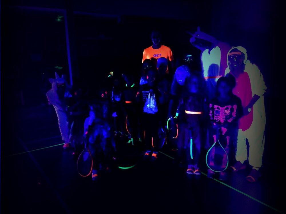glowtennis29-10-16004.jpg