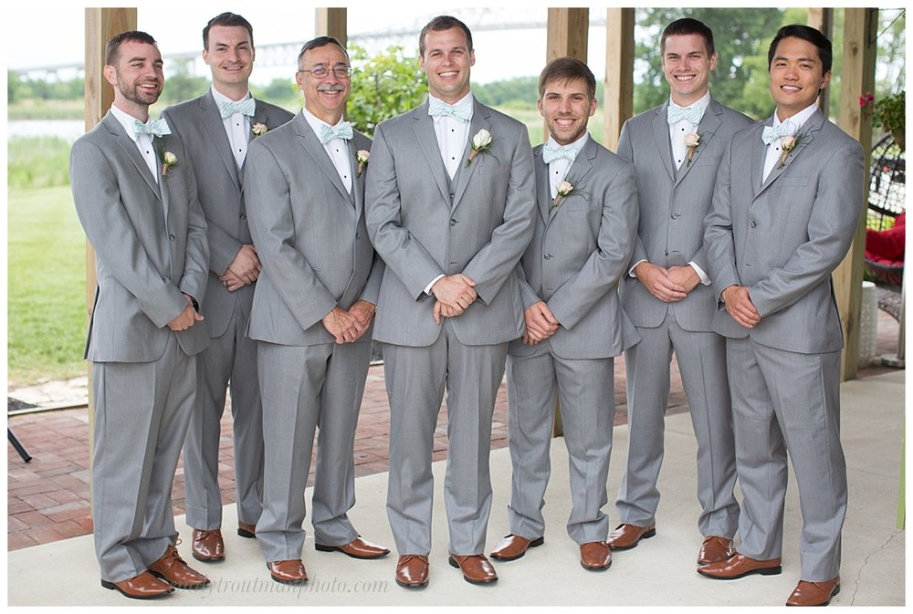All the groomsmen together looking dapper!