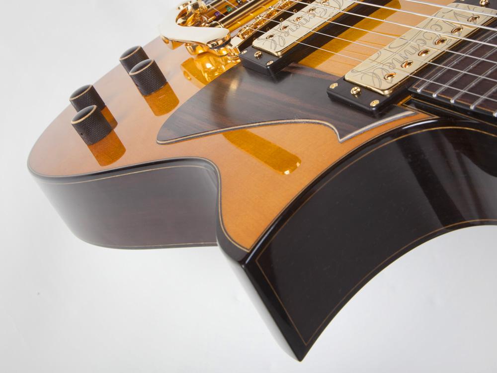 guitar_E001_gallery_02.jpg