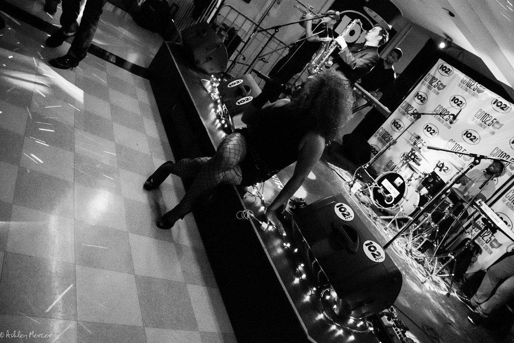 mojoflo front stage-56.jpg