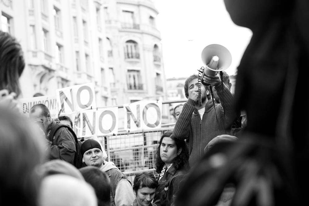 Oscar_Arribas_spanish_revolution_sol_15m_project_photography_madrid_españa_reportaje_commision_streets_coverage_revolution_44.jpg
