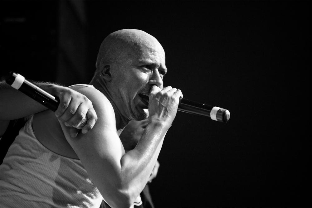 Oscar-arribas-photography-fotografo-portrait-retrato-editorial-concert-live-music-photography-scenario-stage-rap-hiphop-reggae-dancehall-directo-concierto-16-funkdoobiest.jpg