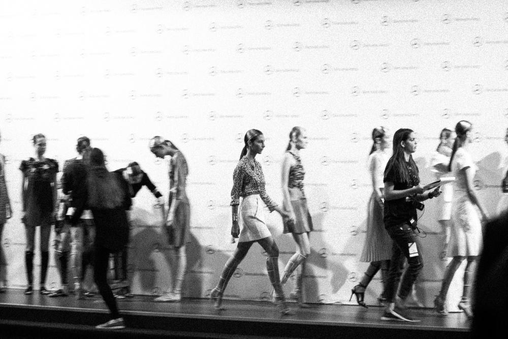 oscar-arribas-beauty-backstage-madrid-fashion-week-cibeles-photography-moda-desfile-fotografo-photographer-portrait-retrato-22__MG_5989.jpg