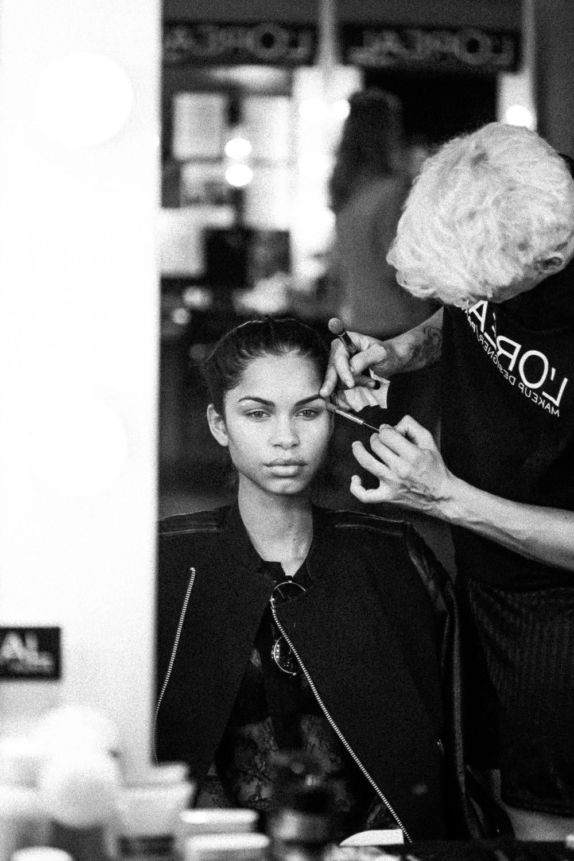 oscar-arribas-beauty-backstage-madrid-fashion-week-cibeles-photography-moda-desfile-fotografo-photographer-portrait-retrato-27__MG_5273.jpg