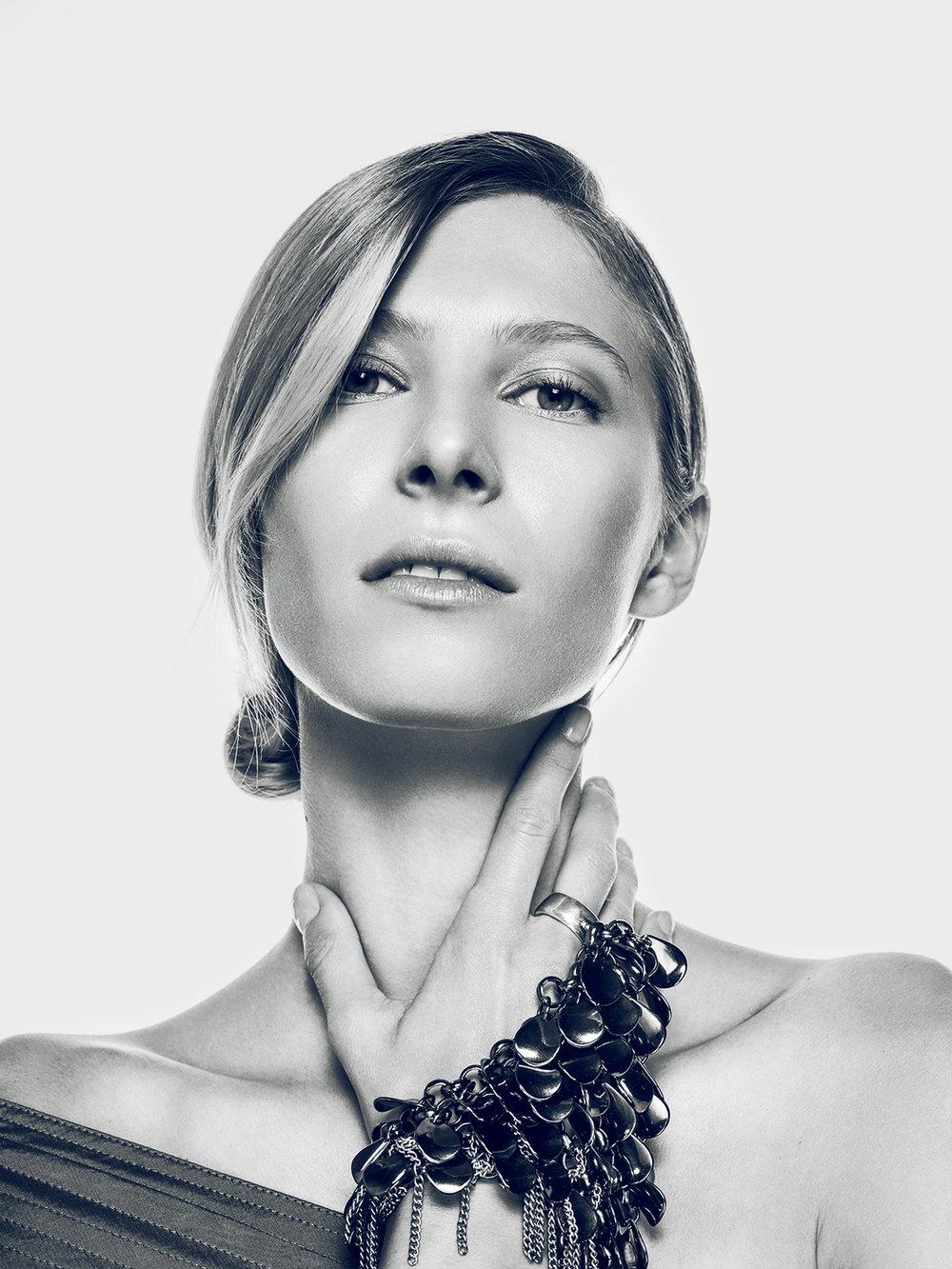 Oscar-arribas-photography-fotografo-portrait-retrato-editorial-fashion-beauty-15.jpg