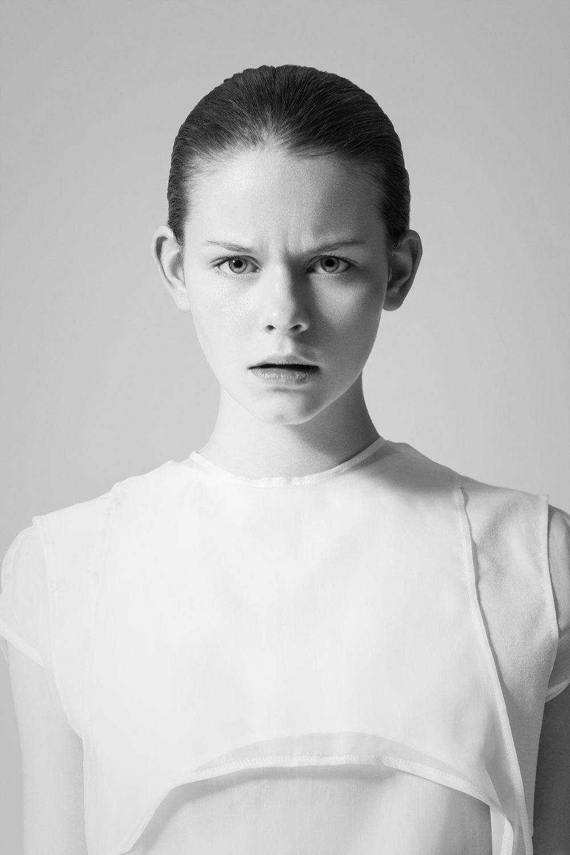 Oscar-arribas-photography-fotografo-portrait-retrato-editorial-fashion-beauty-17.jpg