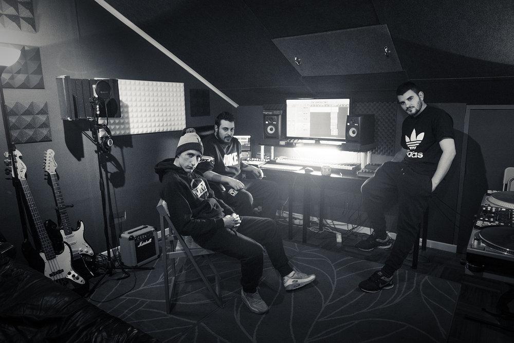 Oscar-arribas-photography-fotografo-reportaje-origenes-rap-hiphop-hip-hop-burgos-victor-rutty-viti-hurto-rober-rel-pyro-djkaef-kaef-thelouk-the-louk-portrait-retrato-editorial-music-band-musicos-street-real-69.jpg