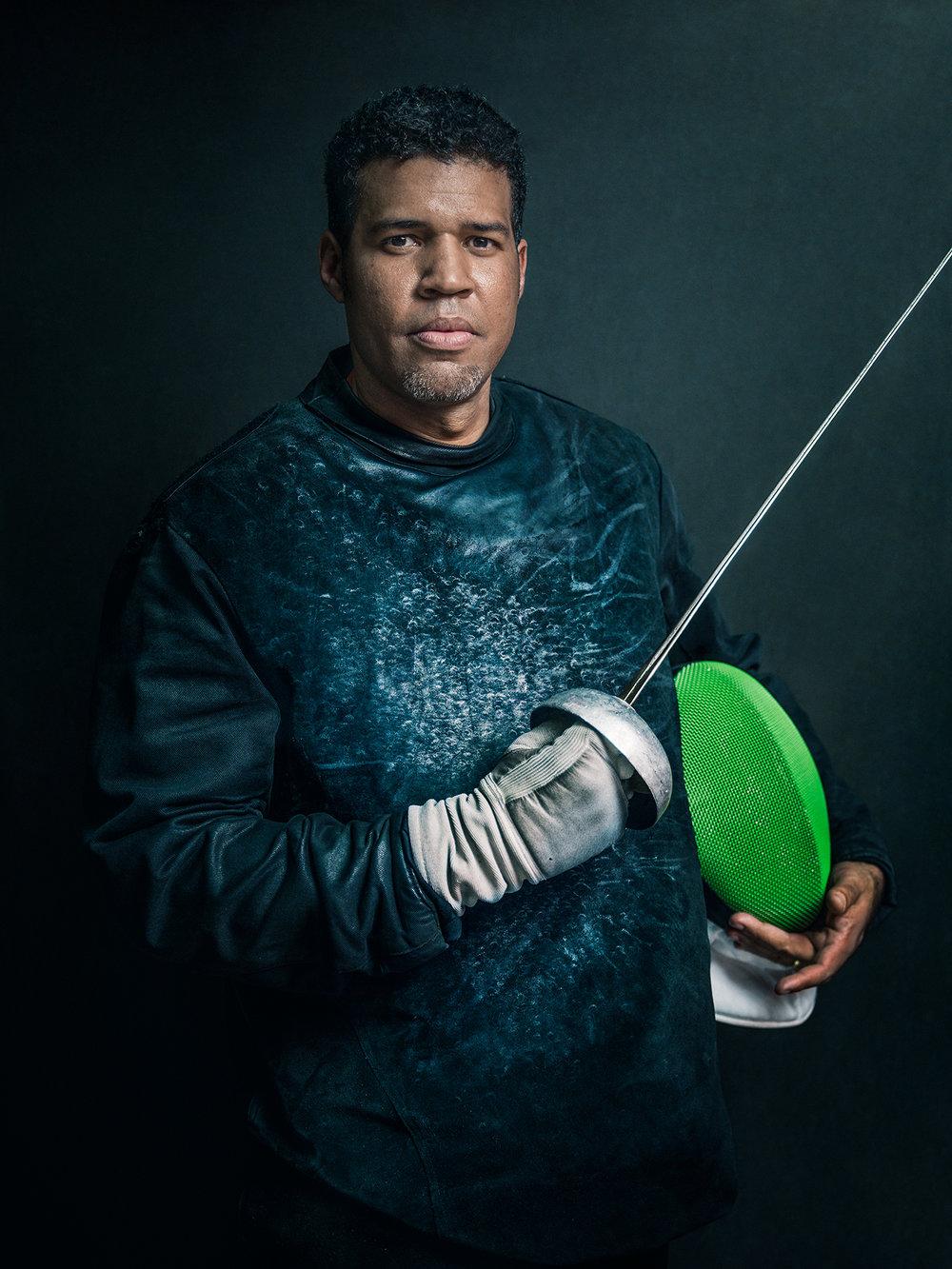 Oscar-arribas-esgrima-maestro-fencing-master-fencer-fechten-scherma-escrime-portrait-fotografo-retrato-photographer027.jpg
