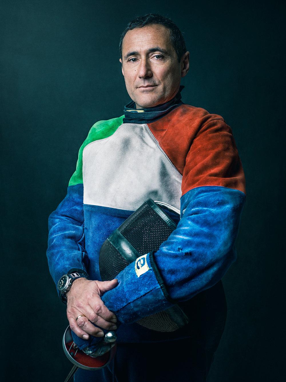 Oscar-arribas-esgrima-maestro-fencing-master-fencer-fechten-scherma-escrime-portrait-fotografo-retrato-photographer012.jpg