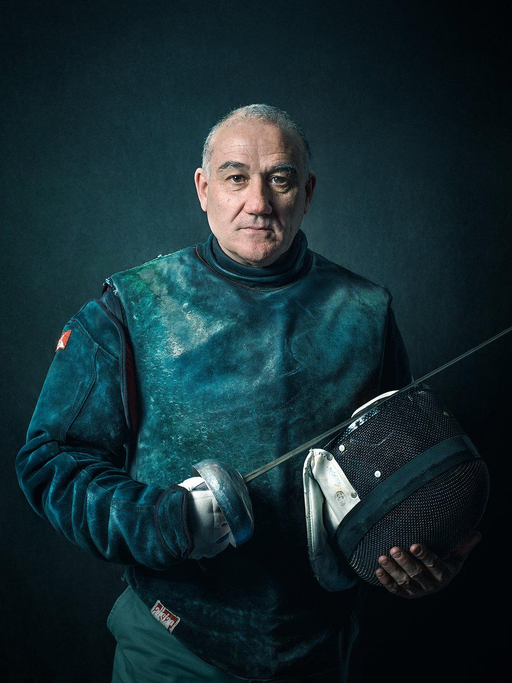 Oscar-arribas-esgrima-maestro-fencing-master-fencer-fechten-scherma-escrime-portrait-fotografo-retrato-photographer008.jpg