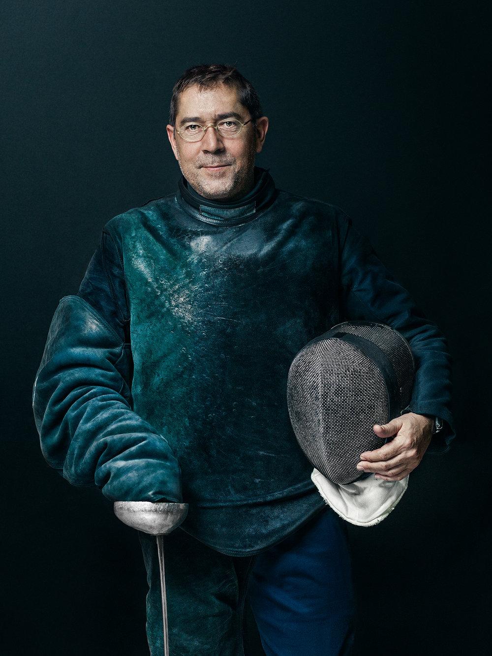 Oscar-arribas-esgrima-maestro-fencing-master-fencer-fechten-scherma-escrime-portrait-fotografo-retrato-photographer005.jpg