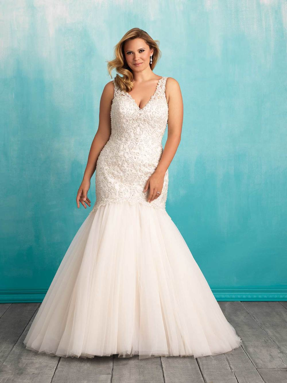 Wedding Dresses — Eleganza Tuxedo & Bridal Gallery