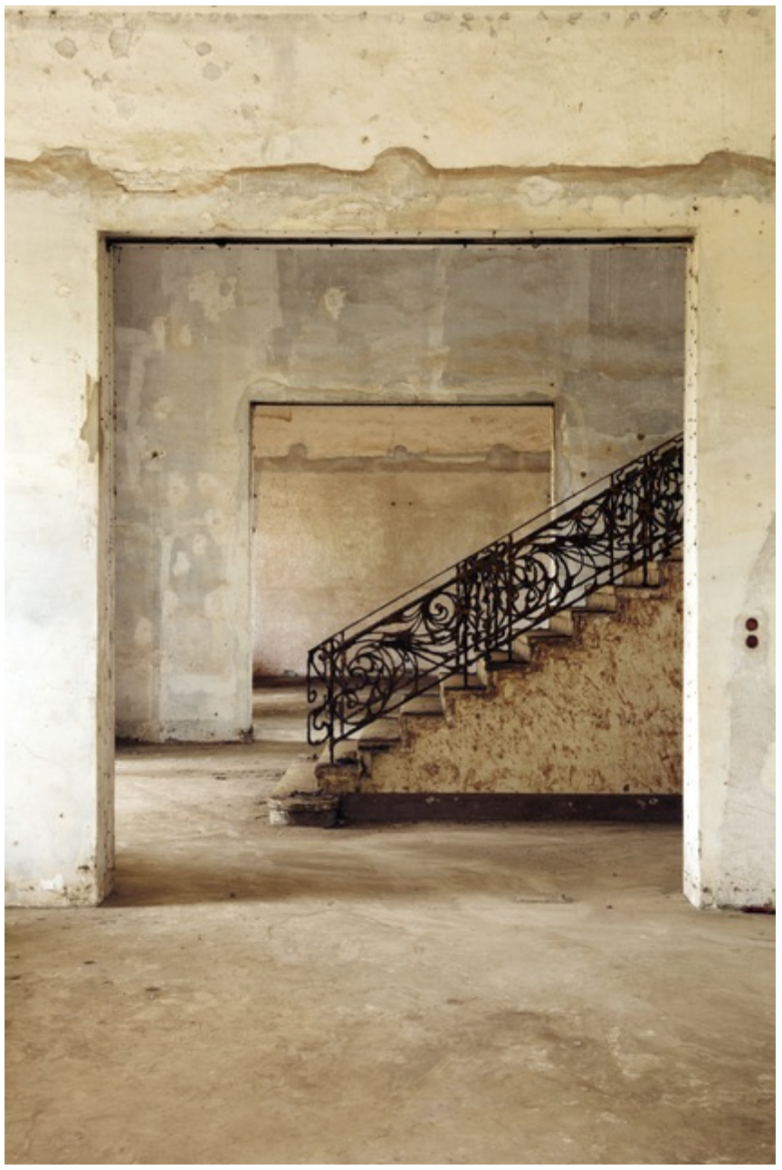 Palais du Gouverneur #1,  Francois-Xavier Gbre GALLERY: Galerie Cecile Fakhoury - Abidjan