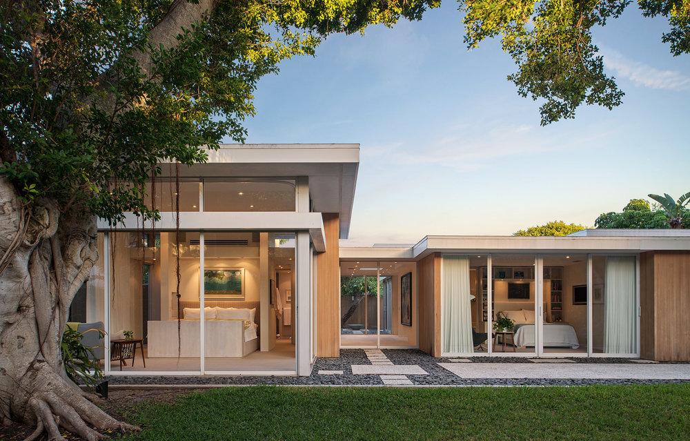 William-Rupp-Pavilion-House---Exterior---Back-Yard-Toward-House-Sunset.jpg