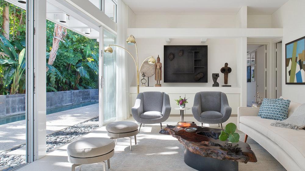 William-Rupp-Pavilion-House---Interior---Living-Room-Hero_16x9.jpg