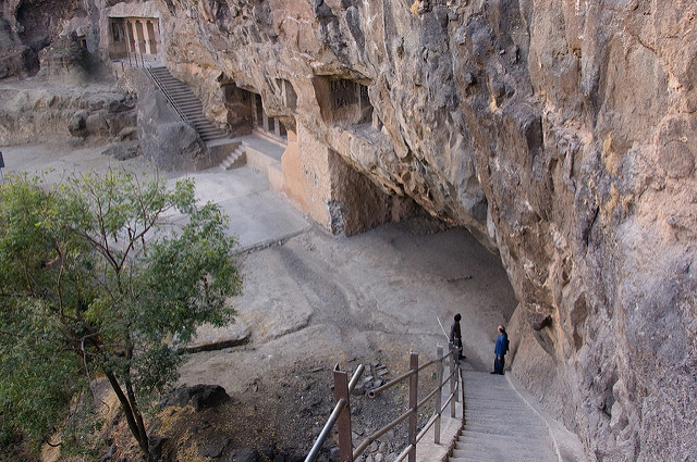 Aurangabad Caves ( Image Source )
