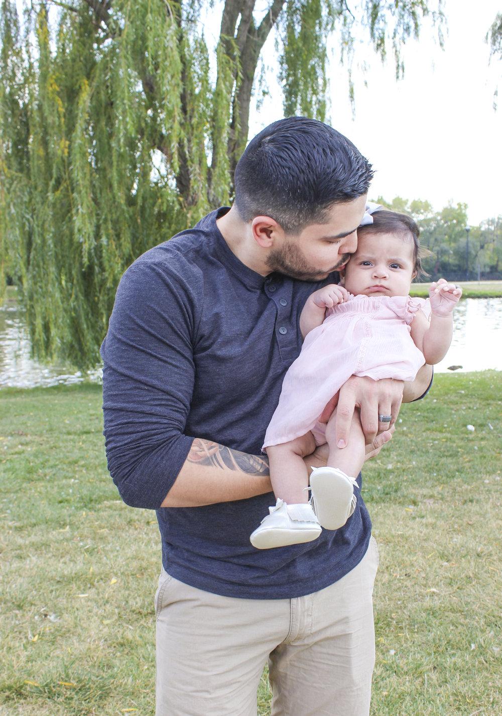 Sandoval Family_11.jpg